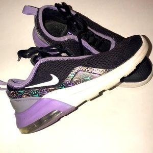 Girls Nike Air -size 3.5Y